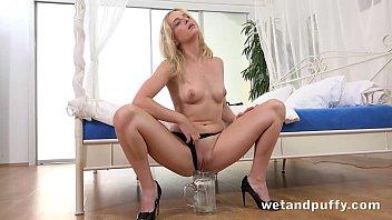 full sex hard orgasm for blonde pornstar using hitachi wand