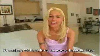 hot family nudist camp blonde cindy crawford