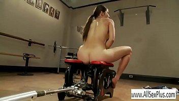 riding a tupe8 com sex machine