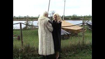 sexx movies lana in furs 2