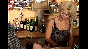 perfect granny looks for an orgasm xxx bf girl at a bar table
