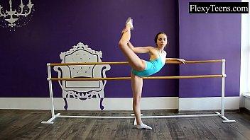 fiatal googlesex videos girl ballerina