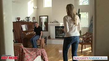 milf in sex girl sexy jeans julia ann gets nailed