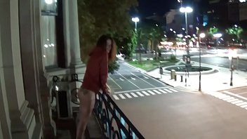 outdoor public pissing from a sexynudes balcony in america