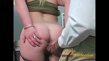 slutty blonde takes a cumshot at her pictures of nangi girls first day at work-6