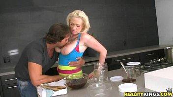 busty blonde alyssa cooks up pornoxx something kinky