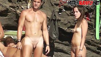 shaved pussy spread on the pornxxx beach hidden camera